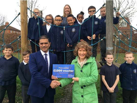 School wins voucher for recycling